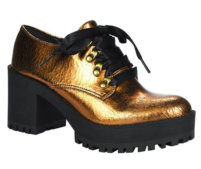 50d2d2aa5 ... Sapato Tanara salto alto tratorado bronze. Página Inicial. Páscoa.  Ref.: T1321-00002