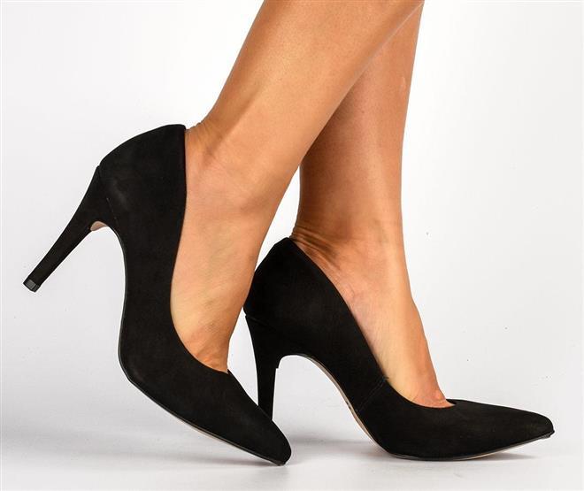 47d749991 ... Sapato · Scarpin; Scarpin Tanara preto. Página Inicial. Selo Couro  Tanara. Ref.: T1403B-00001